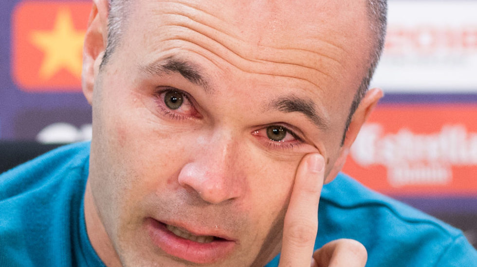 Iniesta last game tears